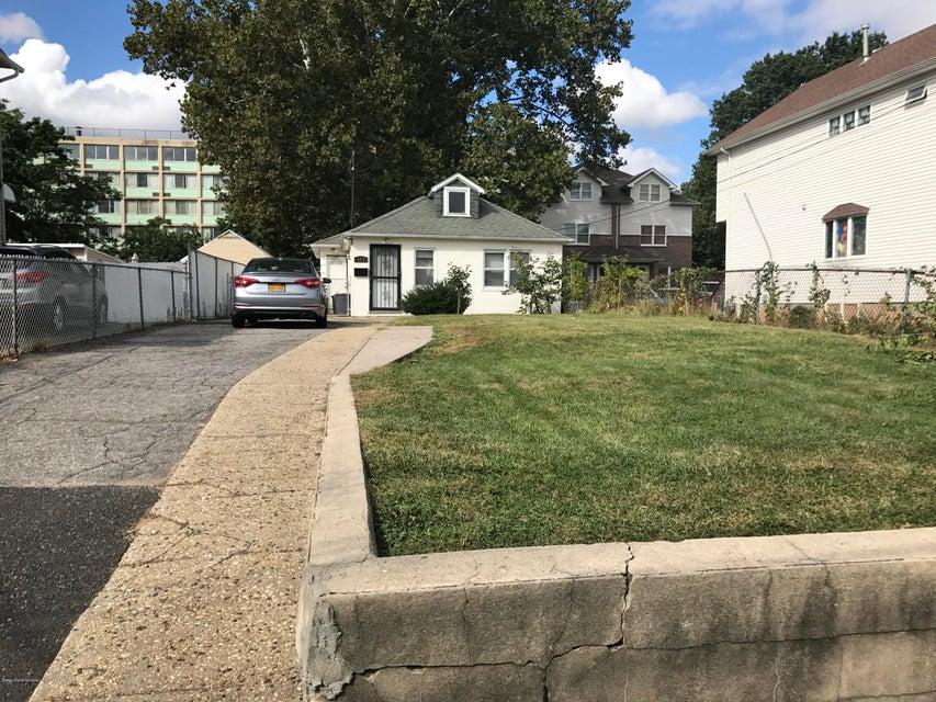 Single Family - Detached 372 Union Avenue  Staten Island, NY 10303, MLS-1114038-4
