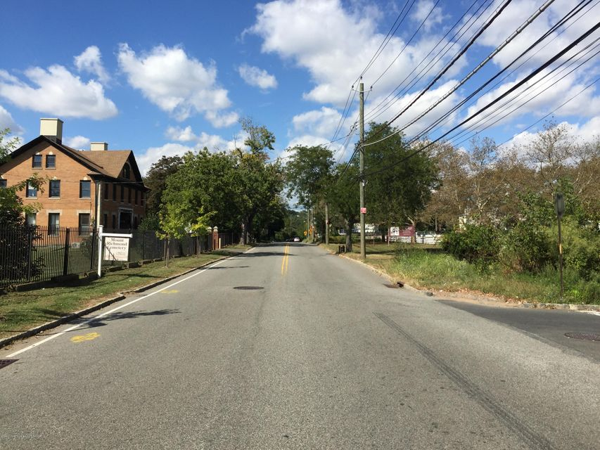 Additional photo for property listing at 400 Clarke Avenue  Staten Island, New York 10306 United States