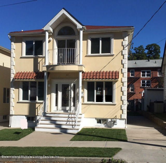Single Family Home for Sale at 11 Llewellyn Place Staten Island, New York 10310 United States