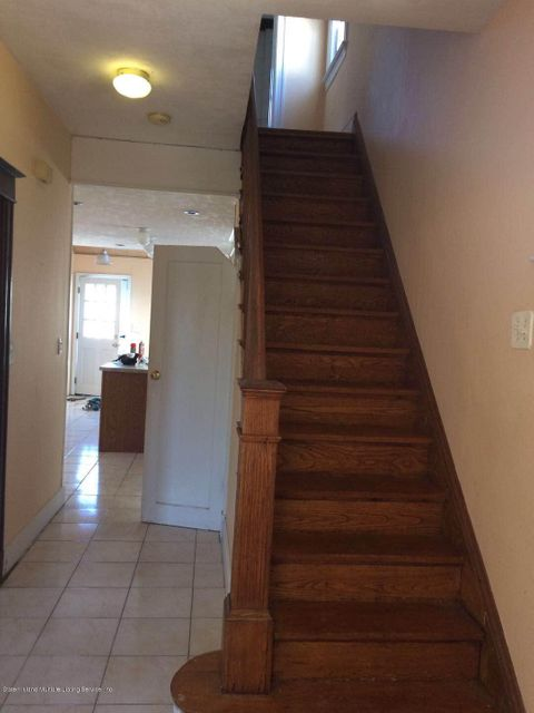 Additional photo for property listing at 352 Ridgewood Avenue  Staten Island, New York 10312 United States