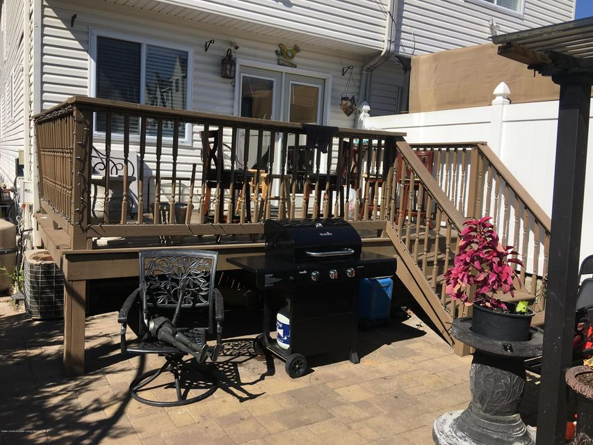 Two Family - Semi-Attached 152 Graham Avenue  Staten Island, NY 10314, MLS-1114062-25