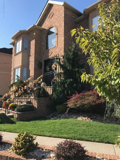 Additional photo for property listing at 485 Bradford Avenue  Staten Island, New York 10309 United States