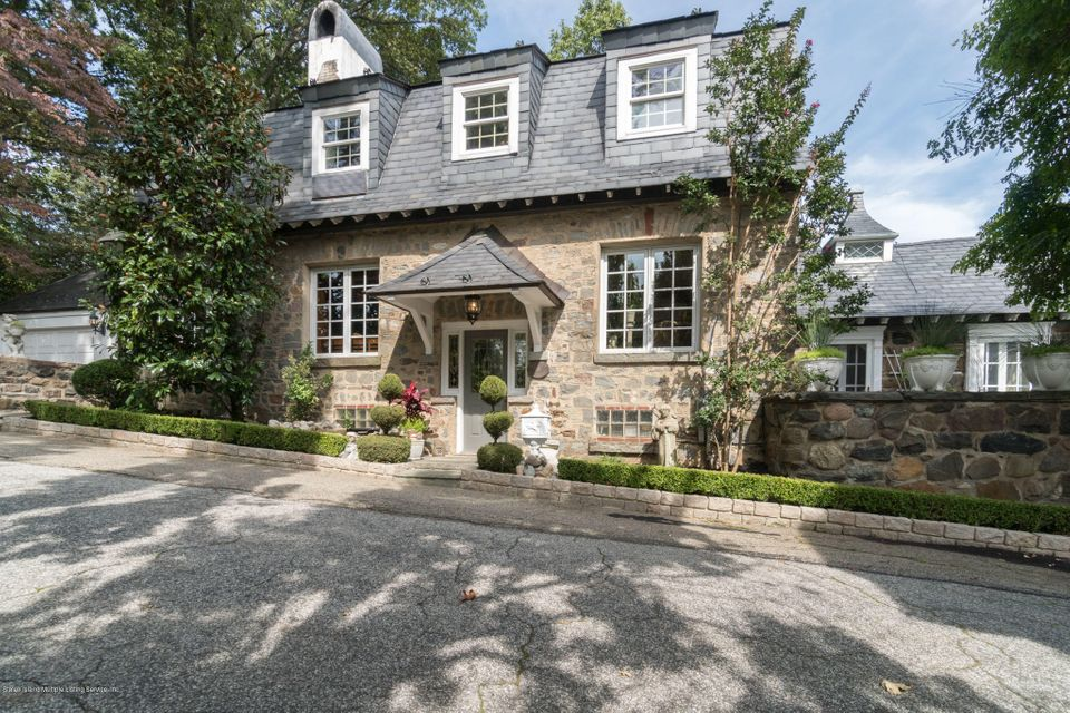 Single Family Home for Sale at 181 Flagg Place Staten Island, New York 10304 United States