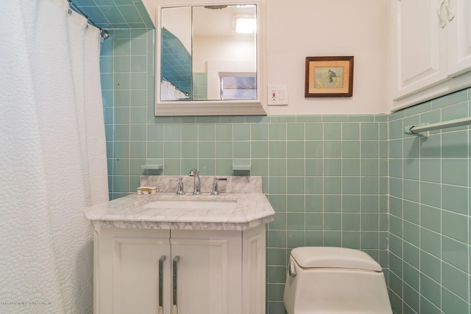 Additional photo for property listing at 181 Flagg Place  Staten Island, New York 10304 United States