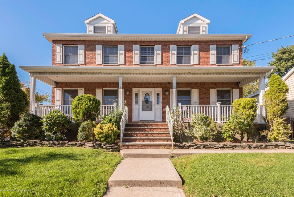 Single Family Home for Sale at 188 Lee Avenue Staten Island, New York 10307 United States