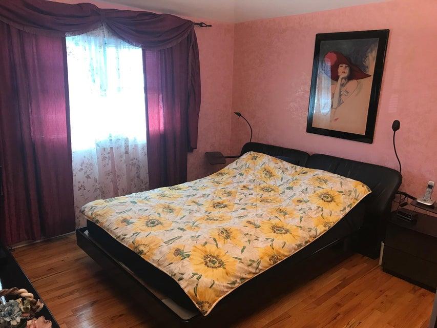 Single Family - Semi-Attached 227 Malone Avenue  Staten Island, NY 10306, MLS-1114153-12