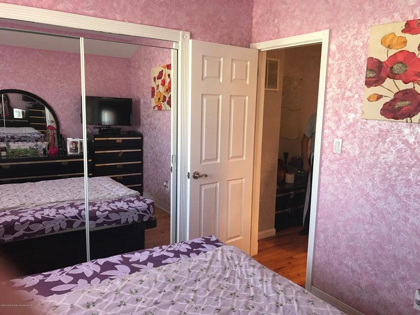 Single Family - Semi-Attached 227 Malone Avenue  Staten Island, NY 10306, MLS-1114153-15