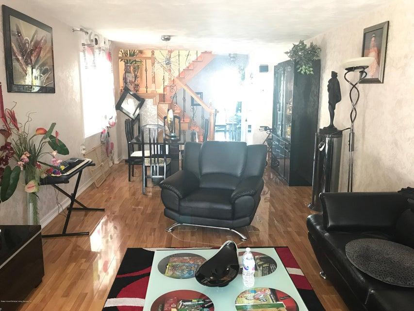 Single Family - Semi-Attached 227 Malone Avenue  Staten Island, NY 10306, MLS-1114153-4