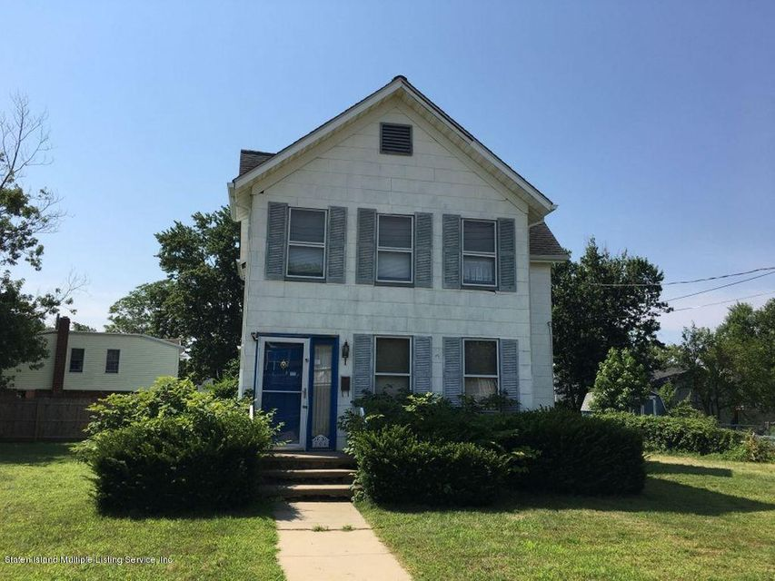 Single Family Home for Sale at 204 Seeley Avenue Keansburg, New Jersey 07734 United States