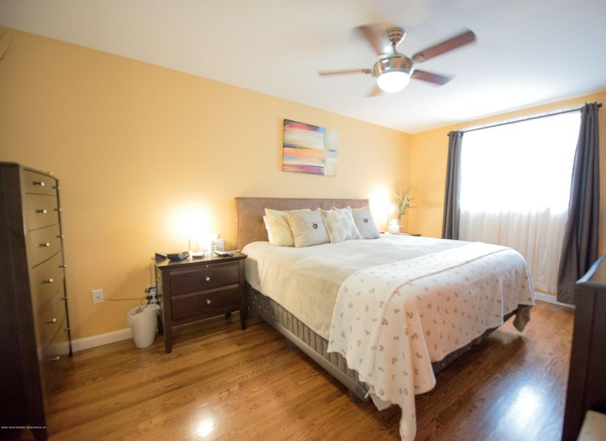 Additional photo for property listing at 49 Hylan Boulevard  Staten Island, New York 10305 United States