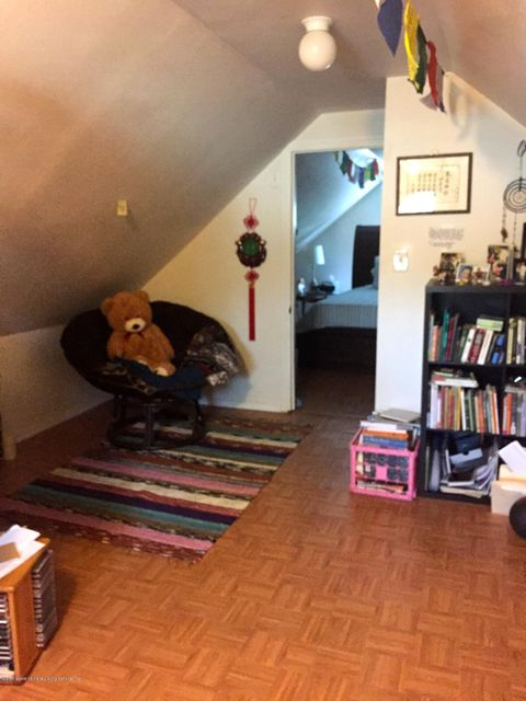 Additional photo for property listing at 83 Simonson Place  Staten Island, New York 10302 United States