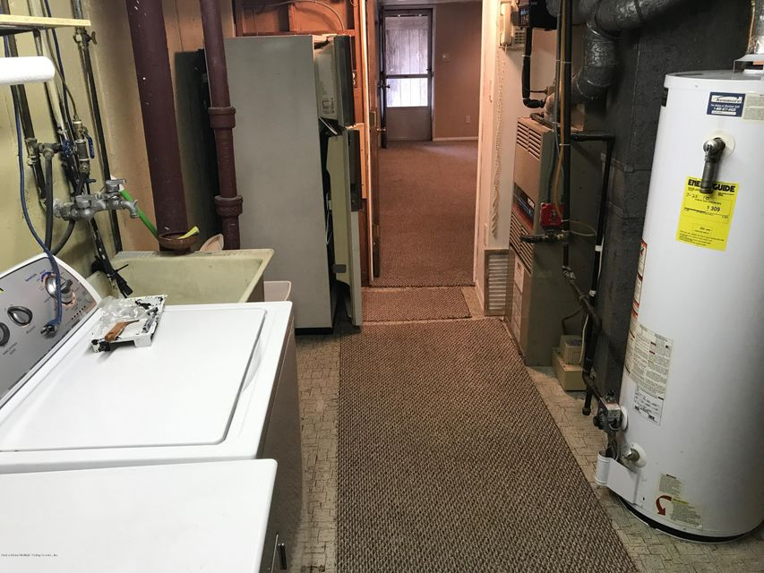 Additional photo for property listing at 438 Barlow Avenue  Staten Island, New York 10308 United States