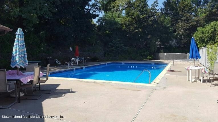 Single Family - Attached 24 Croft Court  Staten Island, NY 10306, MLS-1114157-19