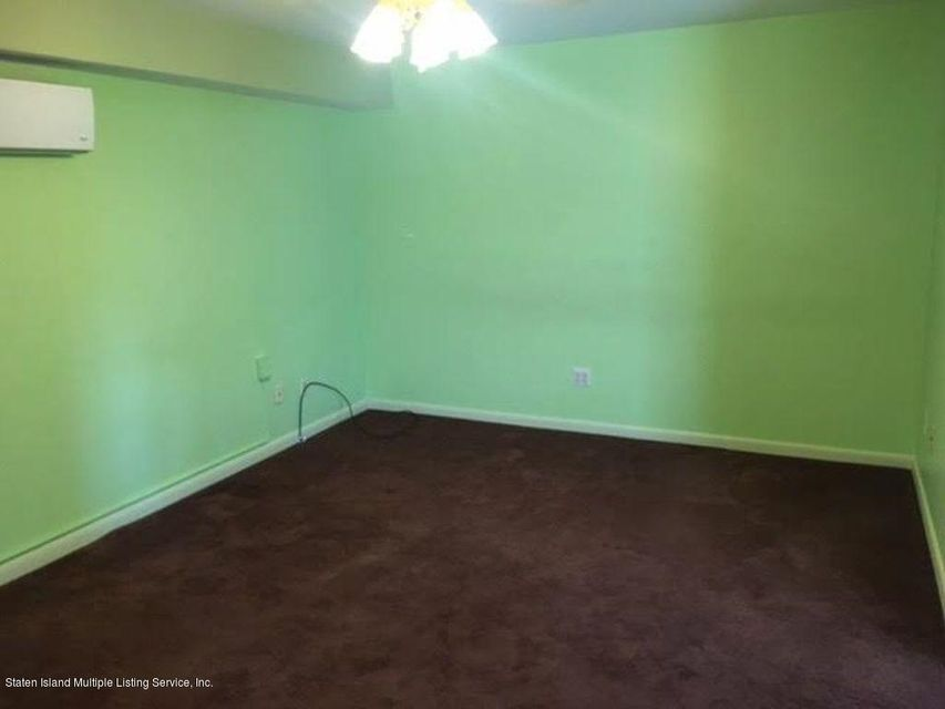 Additional photo for property listing at 15 Field Street  Staten Island, New York 10314 United States