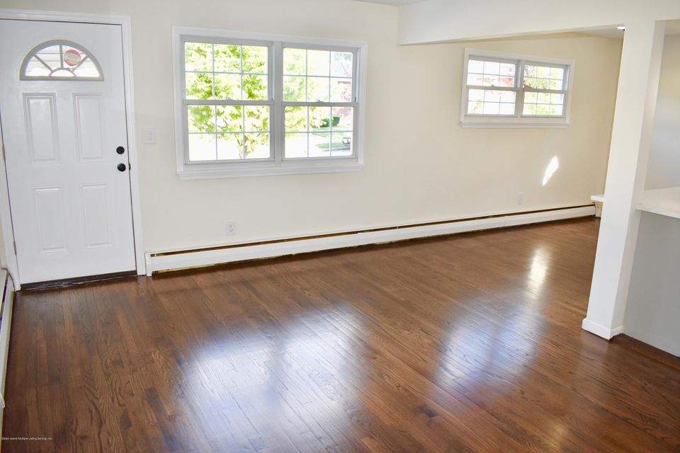 Single Family - Detached 38 Suffolk Avenue  Staten Island, NY 10314, MLS-1114290-11