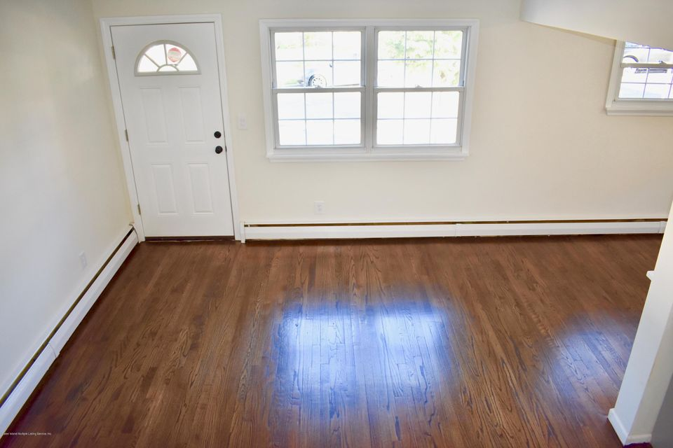 Single Family - Detached 38 Suffolk Avenue  Staten Island, NY 10314, MLS-1114290-9