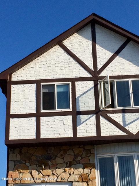 Additional photo for property listing at 41 Richard Lane  Staten Island, New York 10314 United States
