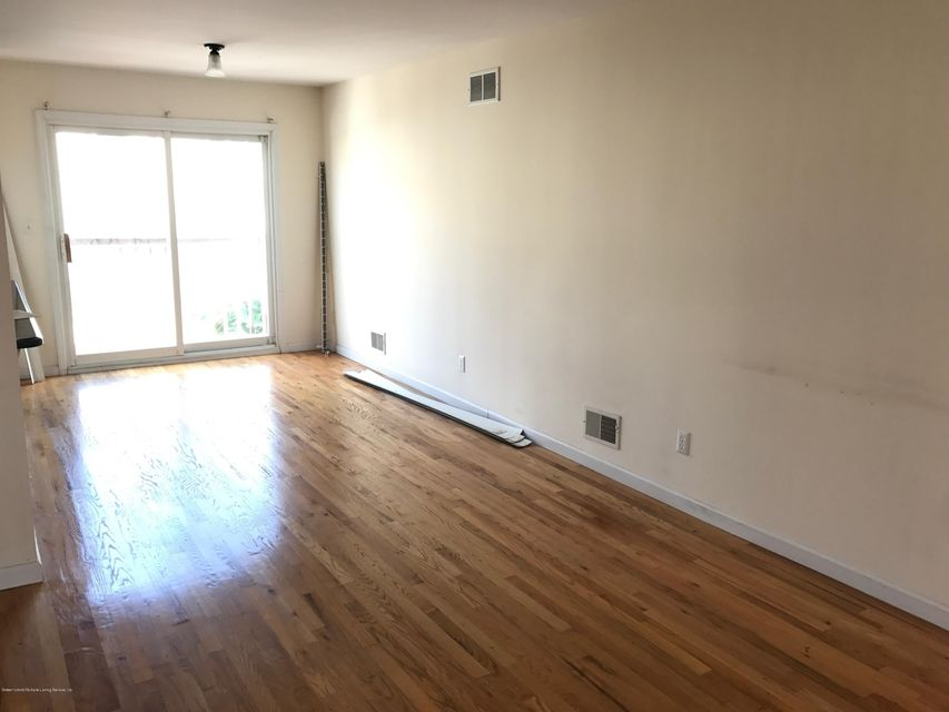 Additional photo for property listing at 337 Hamden Avenue  Staten Island, New York 10306 United States