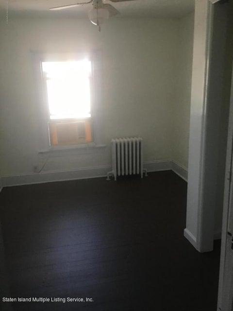 6 Station Avenue,Staten Island,New York,10309,United States,3 Bedrooms Bedrooms,6 Rooms Rooms,2 BathroomsBathrooms,Res-Rental,Station,1114335