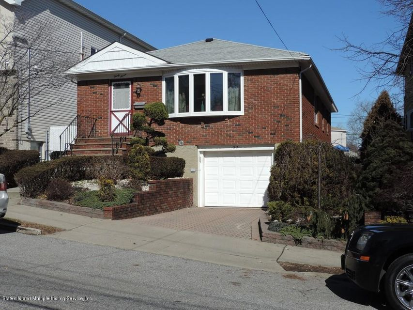 Single Family - Detached in Oakwood - New Dorp Heights - 37 Beach Avenue  Staten Island, NY 10306