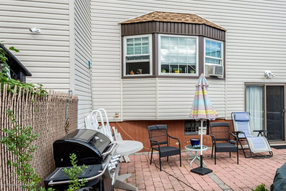 Additional photo for property listing at 1134 Rockland Avenue  Staten Island, New York 10314 United States