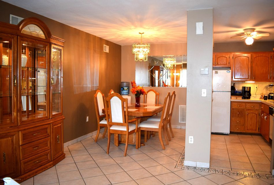 Single Family - Attached 11 Wildwood Lane  Staten Island, NY 10307, MLS-1113809-8