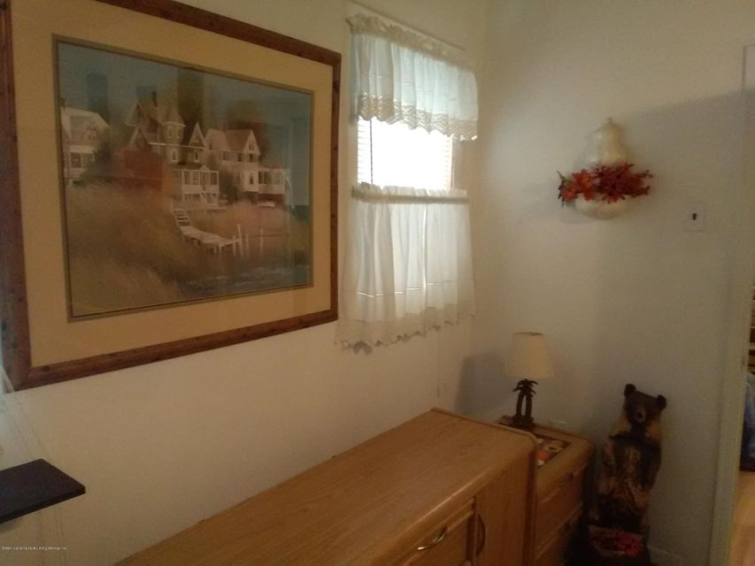 Additional photo for property listing at 3146 Richmond Terrace  Staten Island, New York 10303 United States