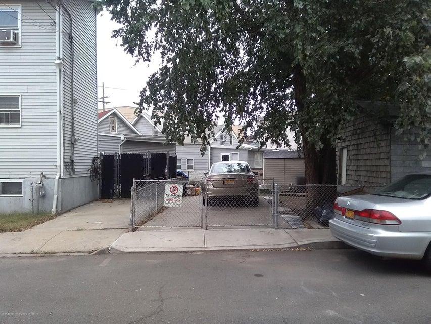 Single Family - Detached 3146 Richmond Terrace  Staten Island, NY 10303, MLS-1114303-24