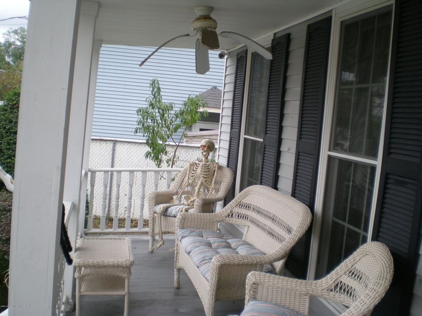 Additional photo for property listing at 34 Church Avenue  Staten Island, New York 10314 United States
