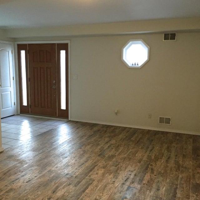 Additional photo for property listing at 24 Seaside Lane  Staten Island, New York 10305 United States
