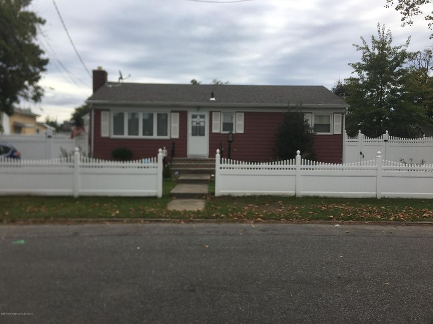 Single Family - Detached in New Dorp - 26 Milton Avenue   Staten Island, NY 10306