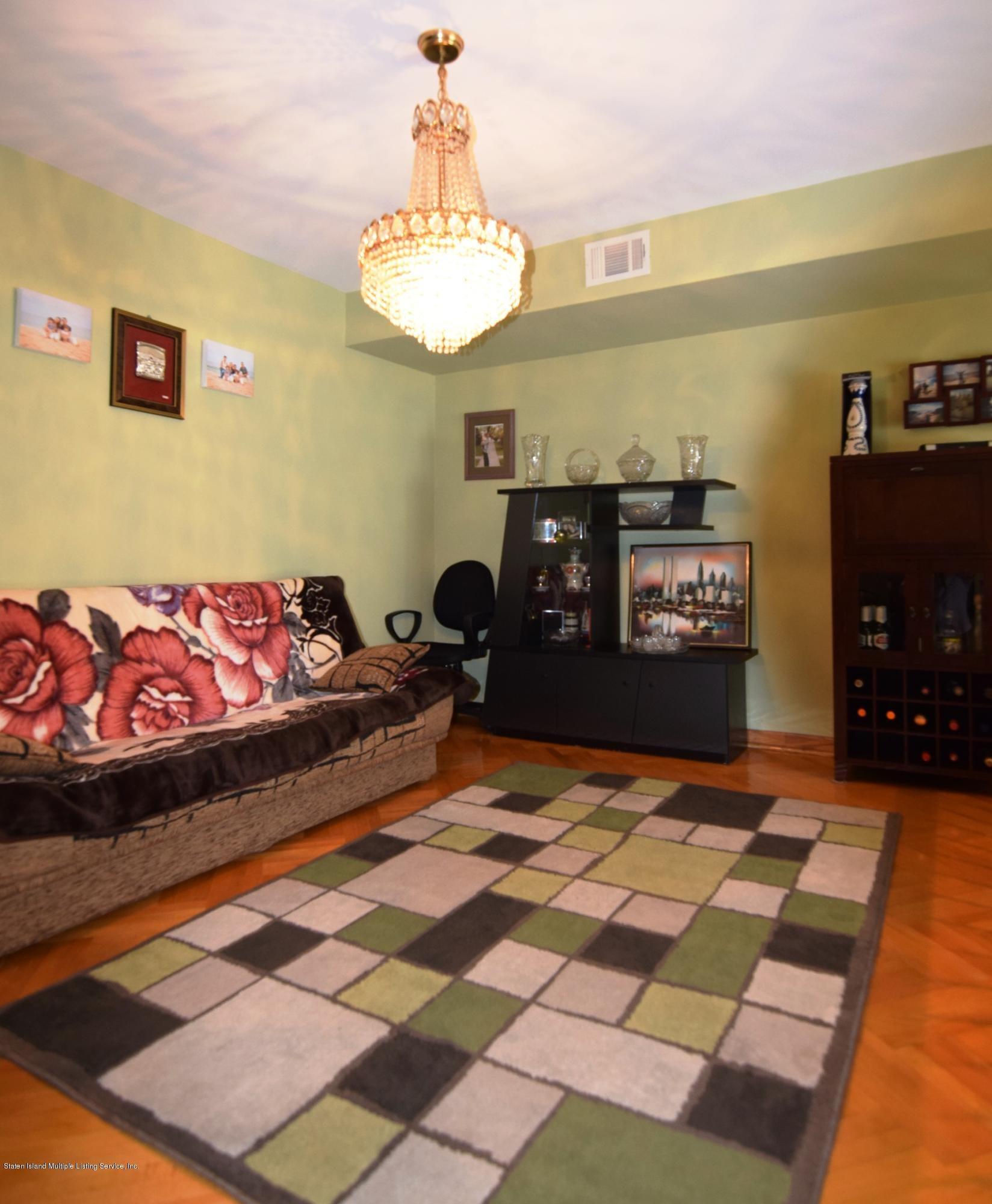 63 Commodore Drive,Staten Island,New York,10309,United States,3 Bedrooms Bedrooms,6 Rooms Rooms,2 BathroomsBathrooms,Res-Rental,Commodore,1114393
