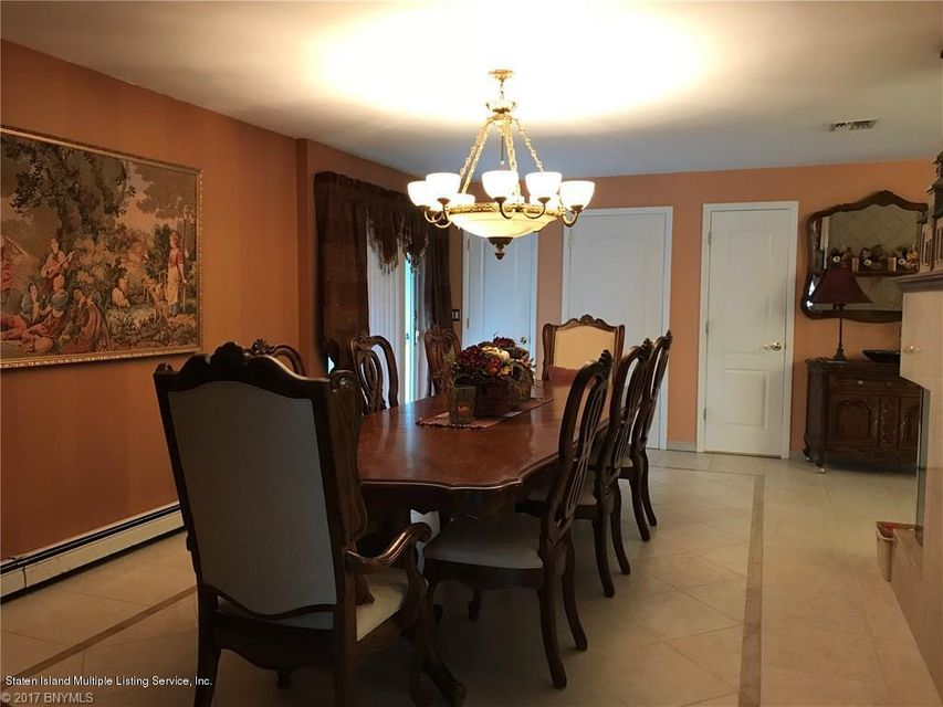 Additional photo for property listing at 205 8 Street  Staten Island, New York 10306 United States