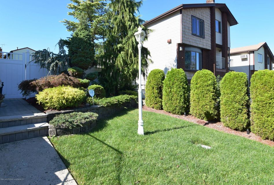 Additional photo for property listing at 226 Doane Avenue  Staten Island, New York 10308 United States
