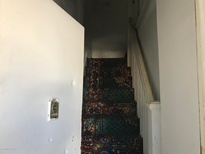 Two Family - Detached 190 Grandview Avenue  Staten Island, NY 10303, MLS-1114438-11