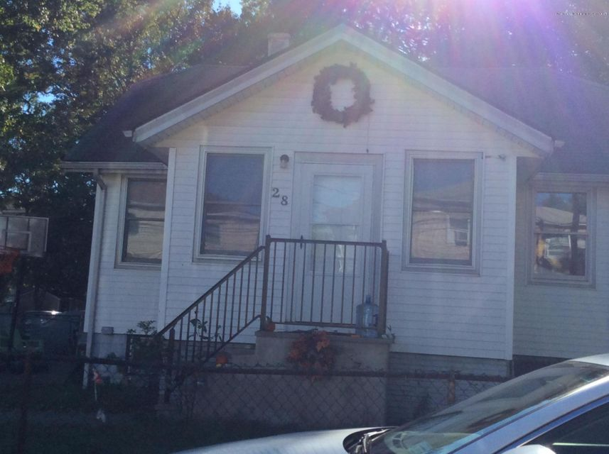 Additional photo for property listing at 28 Church Avenue  Staten Island, New York 10314 United States