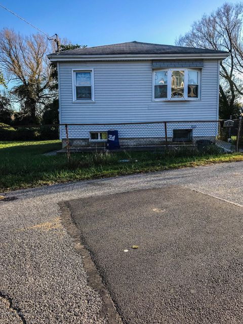 Single Family Home for Sale at 75 Lansing Street Staten Island, New York 10305 United States