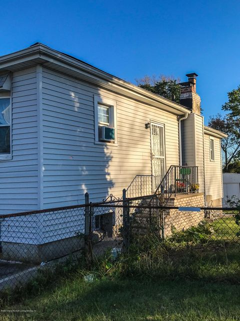 Additional photo for property listing at 75 Lansing Street  Staten Island, New York 10305 United States