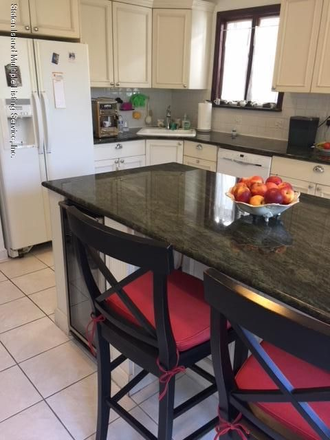 Additional photo for property listing at 56 Corona Avenue  Staten Island, New York 10306 United States