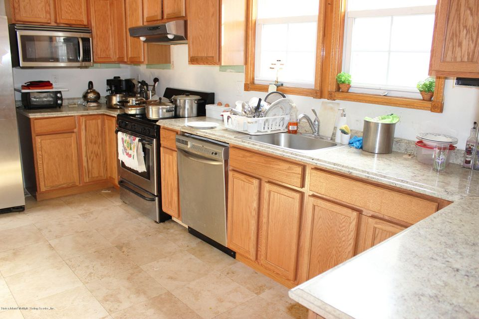 Additional photo for property listing at 2360 Richmond Road  Staten Island, New York 10306 United States