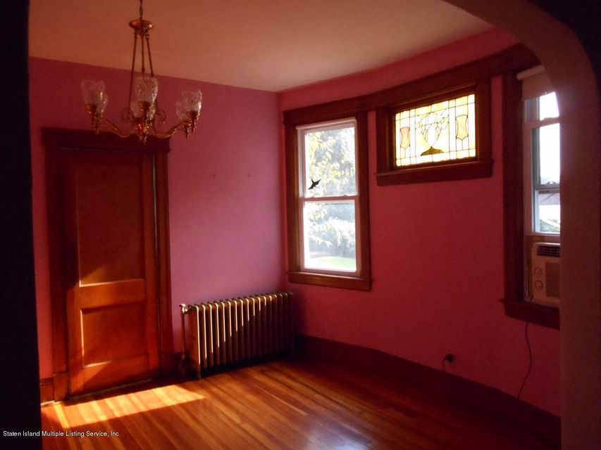 Additional photo for property listing at 138 Alden Place  Staten Island, New York 10301 United States