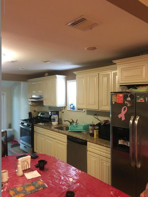 Additional photo for property listing at 5 Avenue B  Staten Island, New York 10302 United States