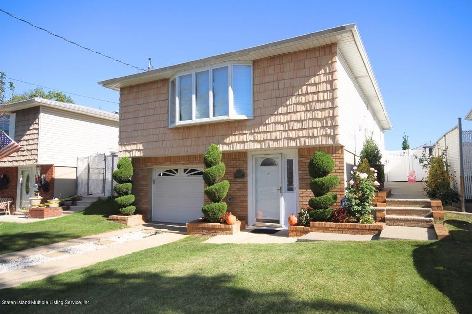 Single Family Home for Sale at 145 Pine Terrace Staten Island, New York 10312 United States
