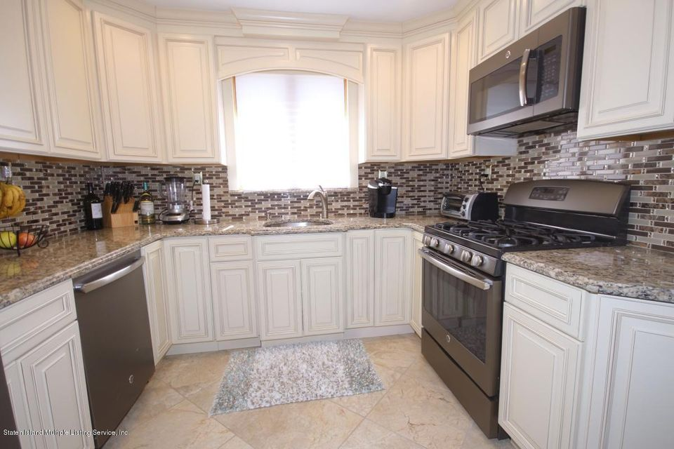 Additional photo for property listing at 145 Pine Terrace  Staten Island, New York 10312 United States