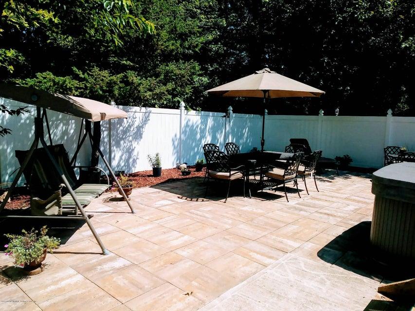 Single Family - Detached 305 Sharrott Avenue  Staten Island, NY 10309, MLS-1114479-39