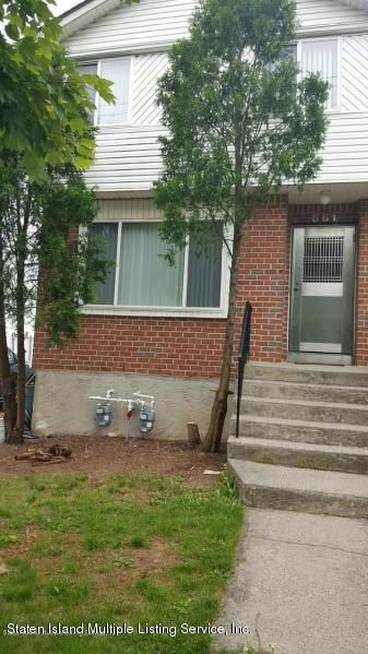 Single Family Home for Rent at 861 Rossville Avenue Staten Island, 10309 United States