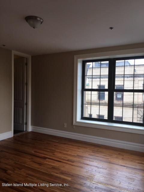 Additional photo for property listing at 520 Bay Street  Staten Island, New York 10304 United States