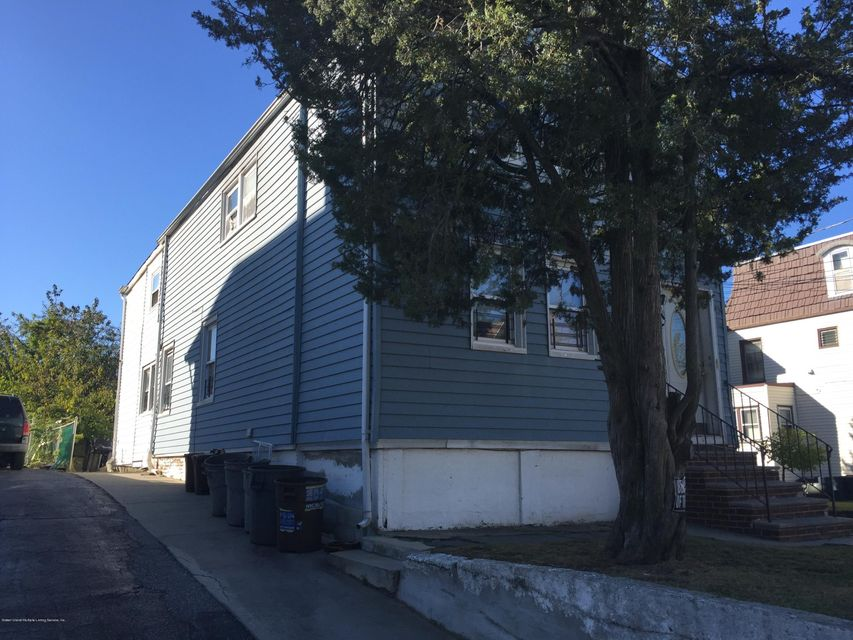 Additional photo for property listing at 56 Van Pelt Avenue  Staten Island, New York 10303 United States