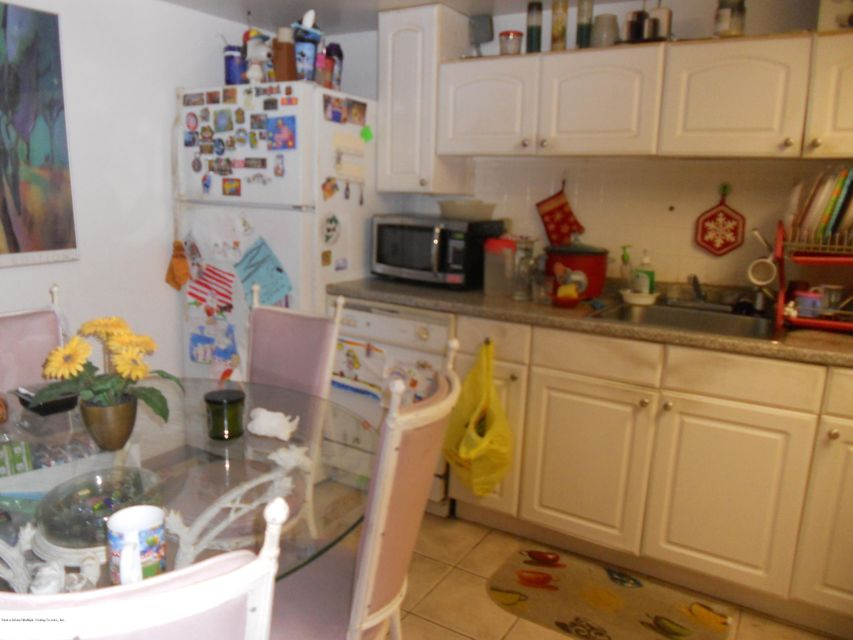 Additional photo for property listing at 1060 Victory Boulevard  Staten Island, New York 10301 United States