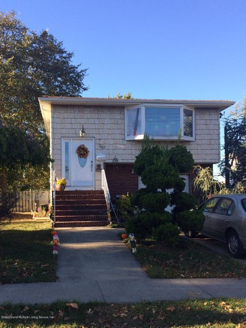 Single Family Home for Sale at 347 Sycamore Street Staten Island, New York 10312 United States